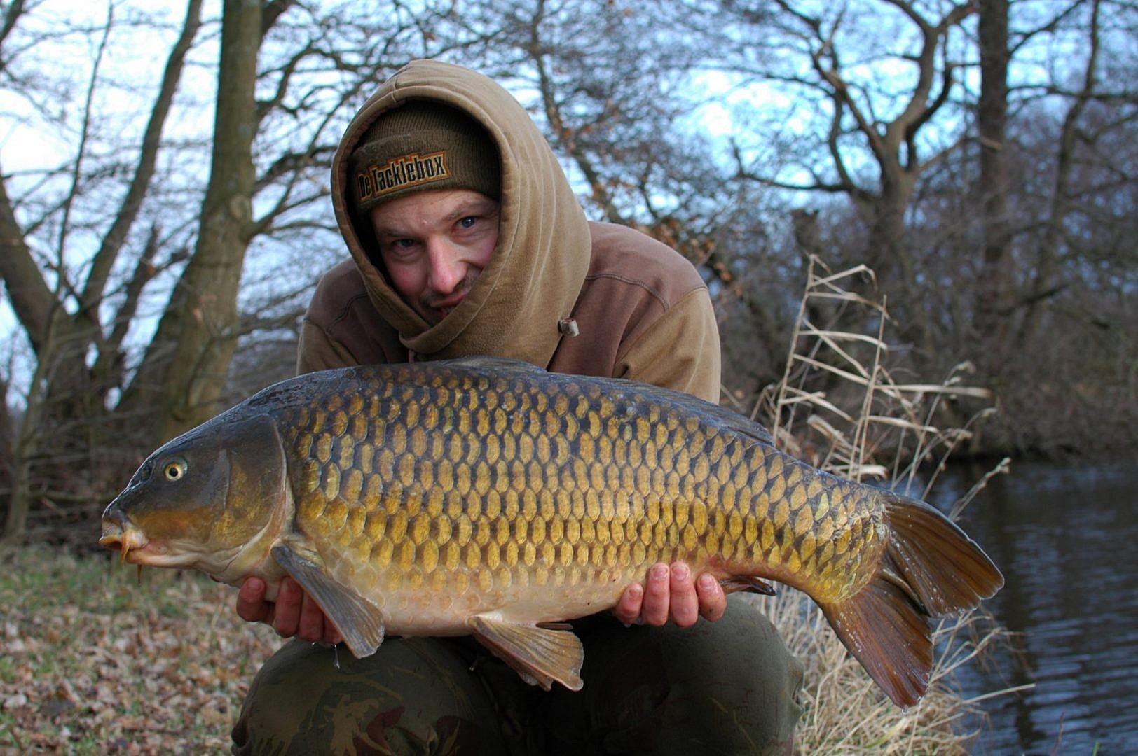 Op wateren met veel vis is de kans op een aanbeet aanzienlijk hoger