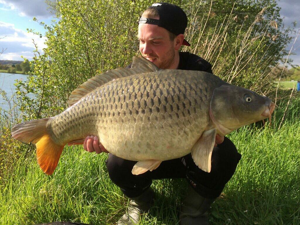Door mobiel te vissen weet Bart met grote regelmaat de betere vissen te vangen!
